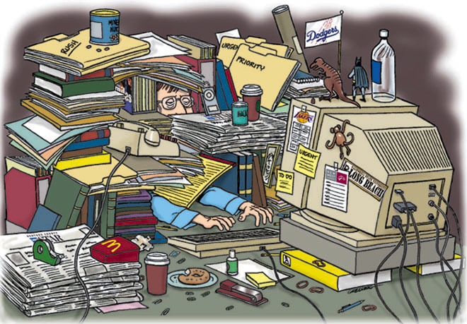 Messy_Desk