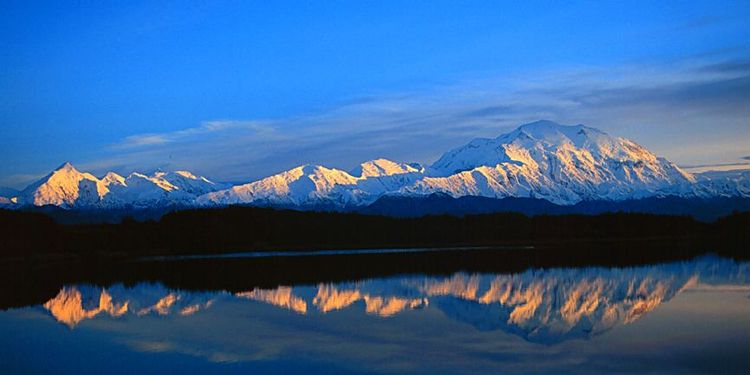 Mountain reflection image