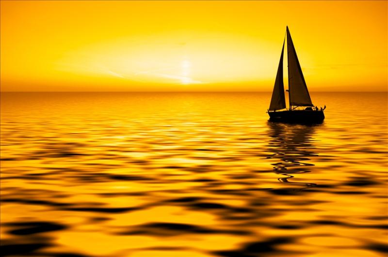 Sailing_sunset_gold
