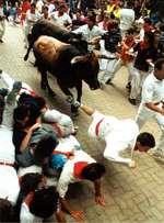 Running_with_bulls_2